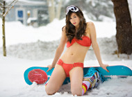 hot-girls-snowboarding